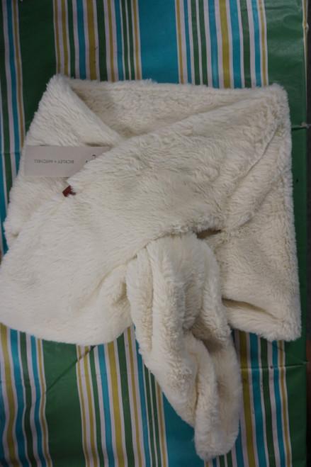 27pc Womens Bickley + Mitchell Wide Faux Fur Scarves #24767x ( X-7-2)