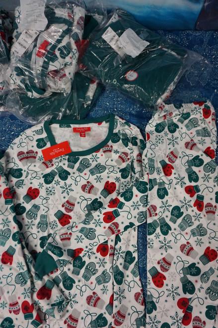 9 SETS = 18pc M*CYS FAMILY MATCHING Pajama Sets #24847e ( p-5-6)