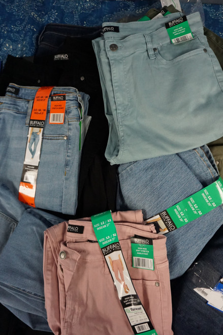 17pc Womens BUFFALO Jeans #24861F (X-9-2)