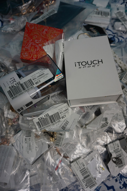 125+pc M*CYS STORE RETURN Jewelry iTouch Watches & More #24958K (V-2-3)