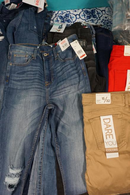 18pc Juniors CELEBRITY PINK Jeans & Pants #24904M ( M-2-2)