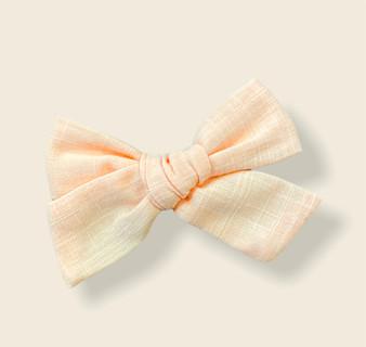 Pale Pink Linen Clip Bow