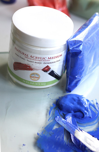 How to Mix & Store Your Own Natural Acrylic Paint