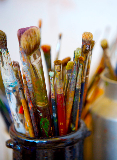 Historically, why did most people stop using natural Earth Paints?