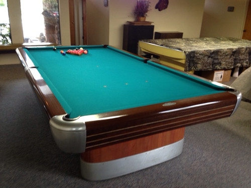 5X10 FT BRUNSWICK ANNIVERSARY SNOOKER TABLE, NEW FELT, NEW BUMPERS, FREE INSTALL