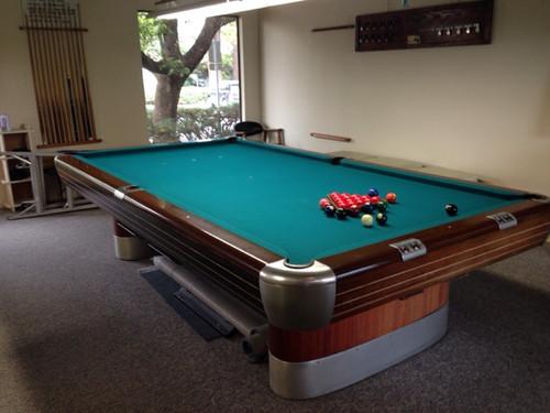 Brunswick Anniversary 5X10 ft Snooker Table