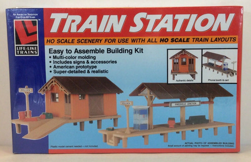 Life-Like 1350 Town Church Ho Scale Building - JJ's Comics