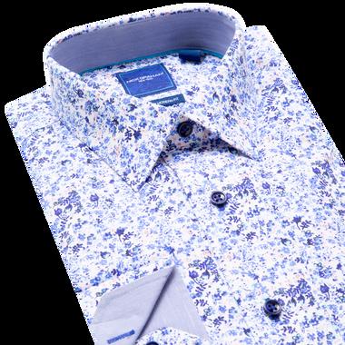 Lay down of blue shirt