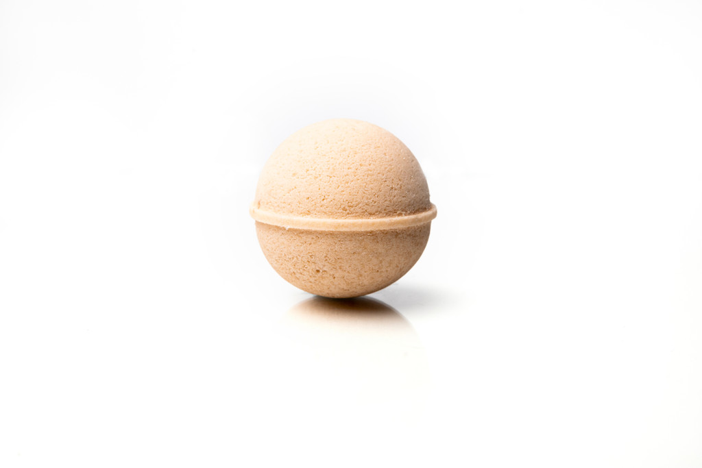 Cream & Honey CBD Bath Bomb by Canna Comforts