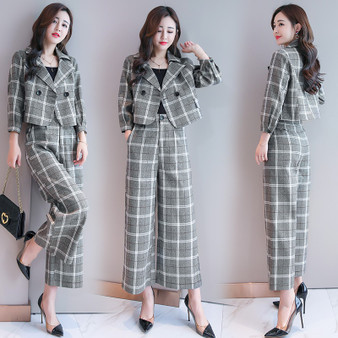 QueenLine New Office Lady  Double Breasted Short Blazer with Wide Leg Pants Suits Women Plaid 2 Piece Pant Suits for Women