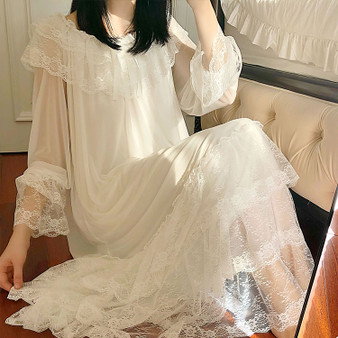 QueenLine Women's Lolita White Princess Dress Sleepshirts Vintage Palace Style Multilayer Lace Mesh Nightgowns.Nightdress Sleep Loungewear