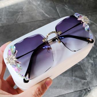 QueenLine sunglasses women 2020 new fashon Vinage Sqaure luxury glasses Rimless rhinesotne sunglasses Shades For Women Summer oculos