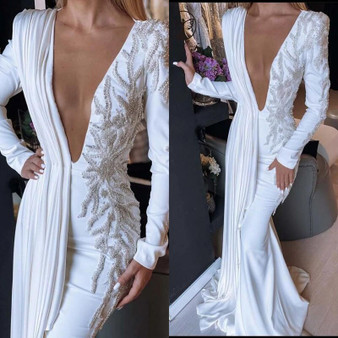QueenLine Pearls Heavy Beading Robes De Mariée 2021 Sexy Plunging V Neck Long Sleeves Bridal Dresses Pleats Satin Long Mermaid Wedding Gow