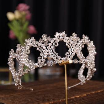 QueenLine Simulated Pearls Crystal Wedding Hair Accessories For Bride Rhinestone Queen King Princess Diadems Crown Party Women Tiara Crown Hair Jewelry