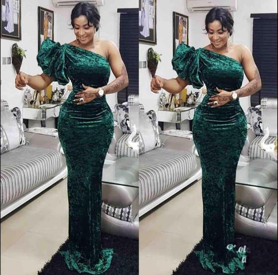 QueenLine African One Shoulder Elegant Green Mermaid Evening Dresses Floor Length Velet Prom Dresses Vestido De Feist