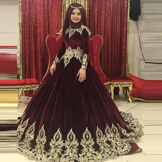 QueenLine Burgundy Velour Gold Applique Muslim Wedding Dresses Elegant Long Sleeve Moroccan Kaftan Arabic Islamic Formal Bridal Dress