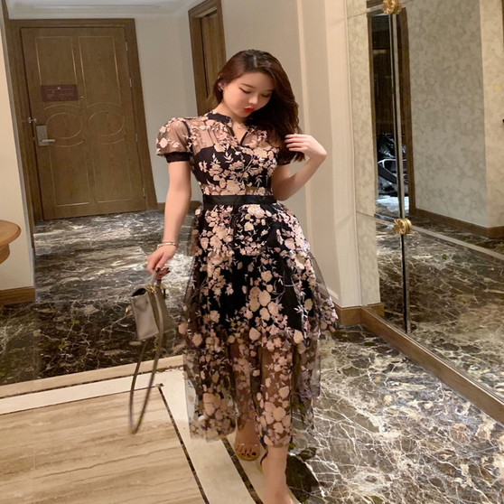 QueenLine  High-end Custom Luxury Runway Designer Self Portrait Dress Summer  Mesh embroidery sequined flowers layers lace Long dress