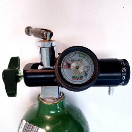 Brass-Core Oxygen Regulator 0-25 Lpm