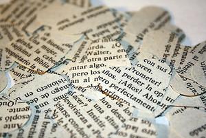 Vintage Spanish Paper Heart Confetti