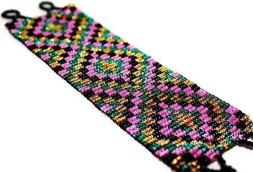 Mexican Huichol Black beaded bracelet