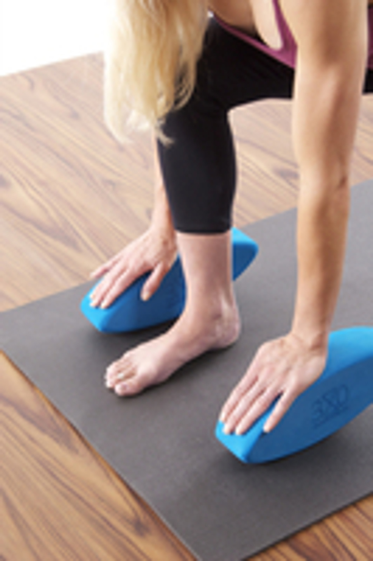 Using Ergonomic Yoga Blocks By Three Minute Egg To Protect Your Wrists Three Minute Egg