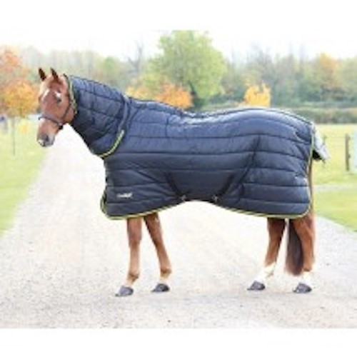 For cold weather the heavyweight Tempest stable rug is ideal. Features include a breathable polyester 210 denier outer and 300g quilted polyfill. The combo neck fastens with two touch close neck fastenings. Key features: 210 denier outer, 300g quilted polyfill, blanket set chest fastenings, adjustable cross surcingles, fillet string, tail flap Durable, dependable, excellent value! Tempest Original rugs offer exceptional value for those wanting a good, dependable turnout rug.