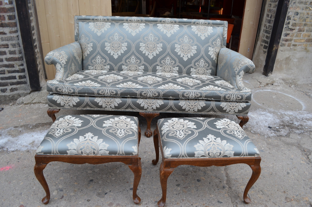 Pleasant Sale Antique Chippendale Drexel Sofa With Eagle Claw Feet And 2 Matching Ottomans Newly Upholstered 3 Piece Set Theyellowbook Wood Chair Design Ideas Theyellowbookinfo