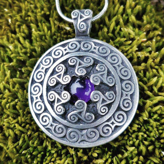 Triskele Pendant with Amethyst – Celtic Traditions