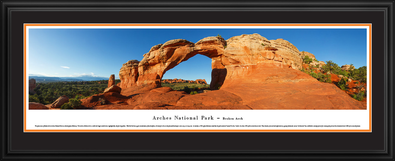 Arches National Park Panoramic Picture - Broken Arch