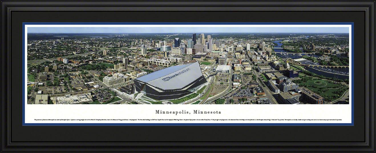 Minneapolis, Minnesota Skyline Panorama