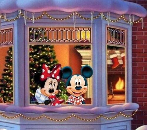5D Diamond Painting Minnie & Mickey Window Christmas Kit