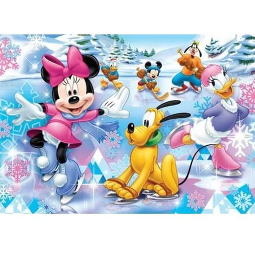 5D Diamond Painting Mickey & Minnie Fun on the Ice Kit