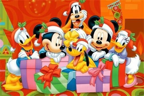 5D Diamond Painting Mickey and Friends Presents Kit