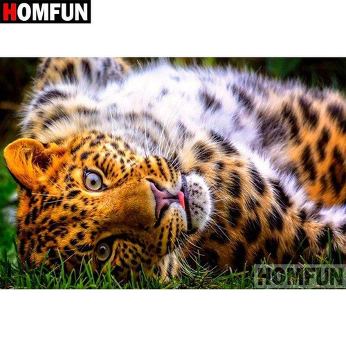 5D Diamond Painting Leopard Lying in the Grass Kit