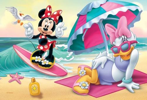 5D Diamond Painting Minnie's Pink Surfboard Kit