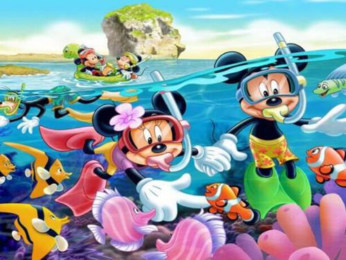 5D Diamond Painting Minnie and Mickey Snorkeling Kit
