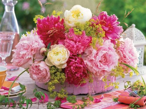 5D Diamond Painting Pink Basket of Flowers Kit