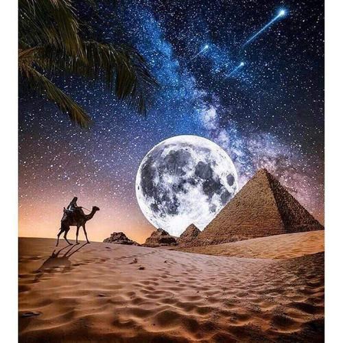 5D Diamond Painting Pyramid Moon Kit
