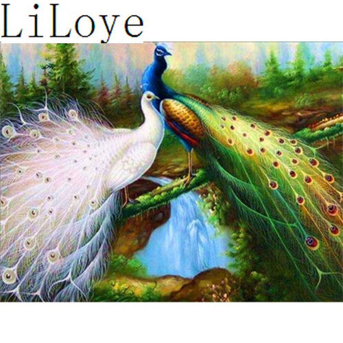 5D Diamond Painting White and Green Peacock Kit
