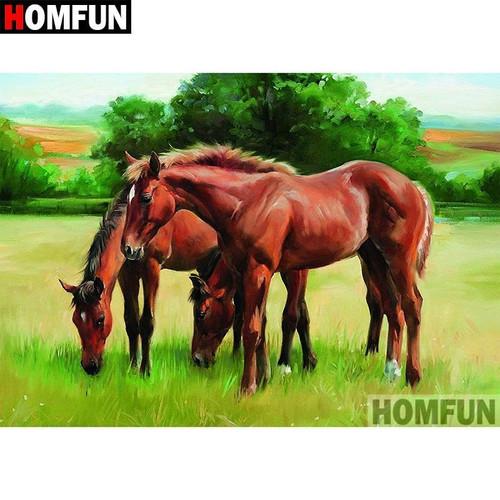 5D Diamond Painting Three Horses in the Pasture Kit