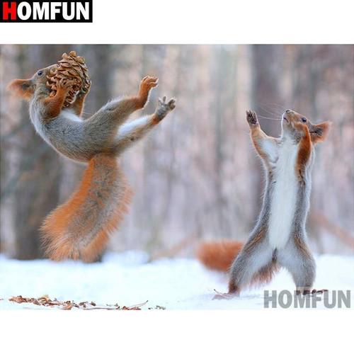 5D Diamond Painting Squirrel Pine Cone Toss Kit
