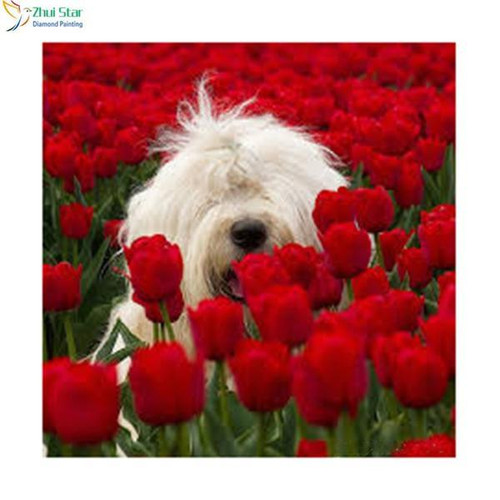 5D Diamond Painting Old English Sheepdog in the Tulips kit