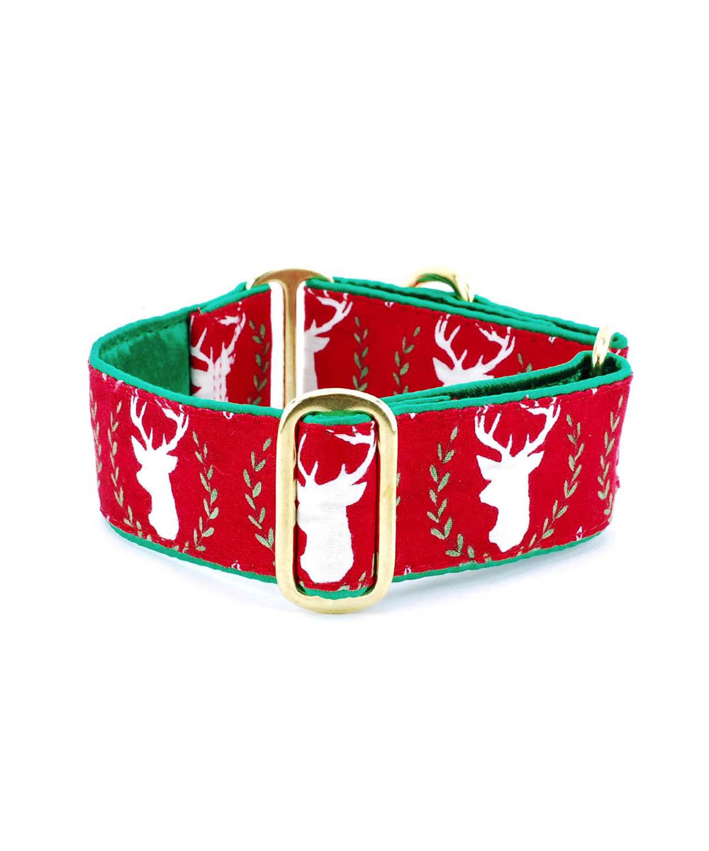 Laurel Deer Holiday Collar