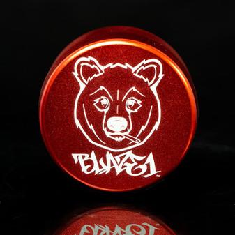 GRINDER THREE CHAMBER SMOKEY BEAR RED