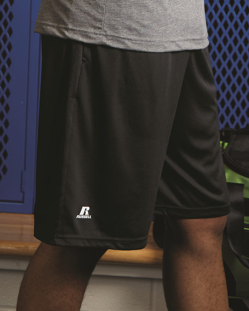 """Russell Athletic Dri-Power Essential 10"""" Shorts with Pockets TS7X2M"""