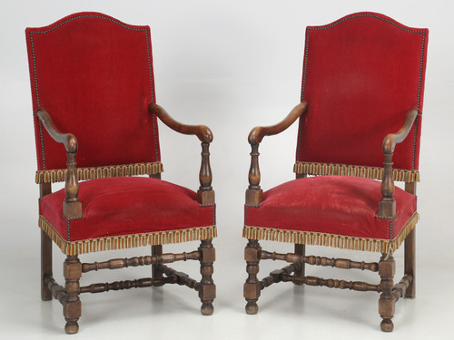 Antique Pair of French Circa 1880 Throne Chairs Front