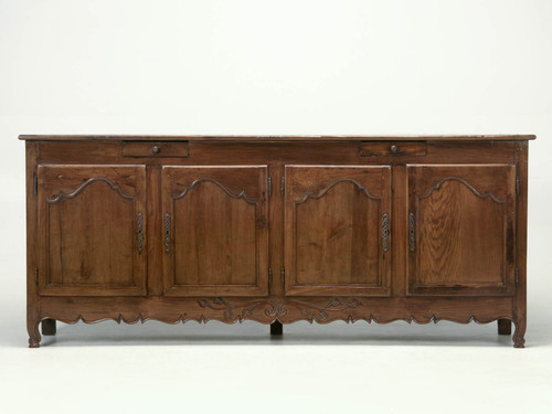 c.1700 French Louis XV Style Buffet Front View