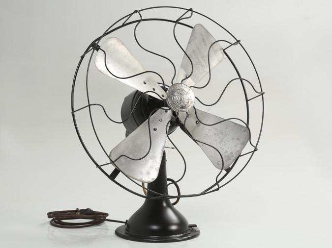 Working Vintage Electric Fan by the Day-Fan Co