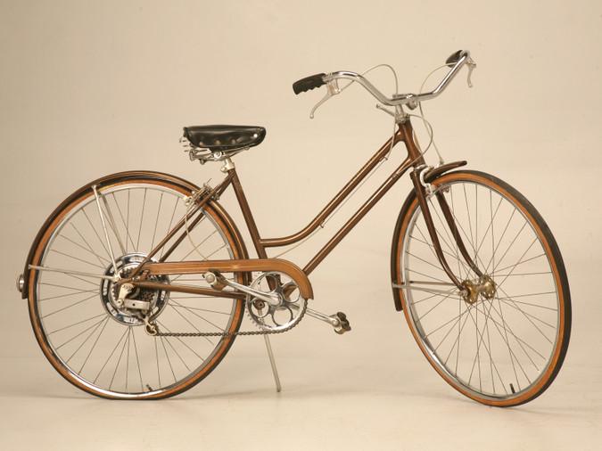 1971 Schwinn Sienna Brown Suburban Bicycle
