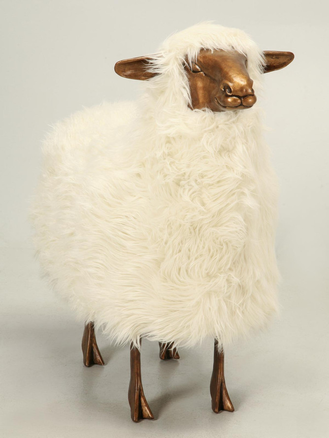 Old Plank Sheep in Light Resin Front